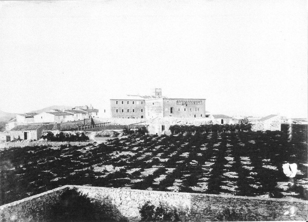 Benissa, 1900: el Convento y el seguero de los Feliu desde Casa Feliu. fuente: www.infobenissa.cat