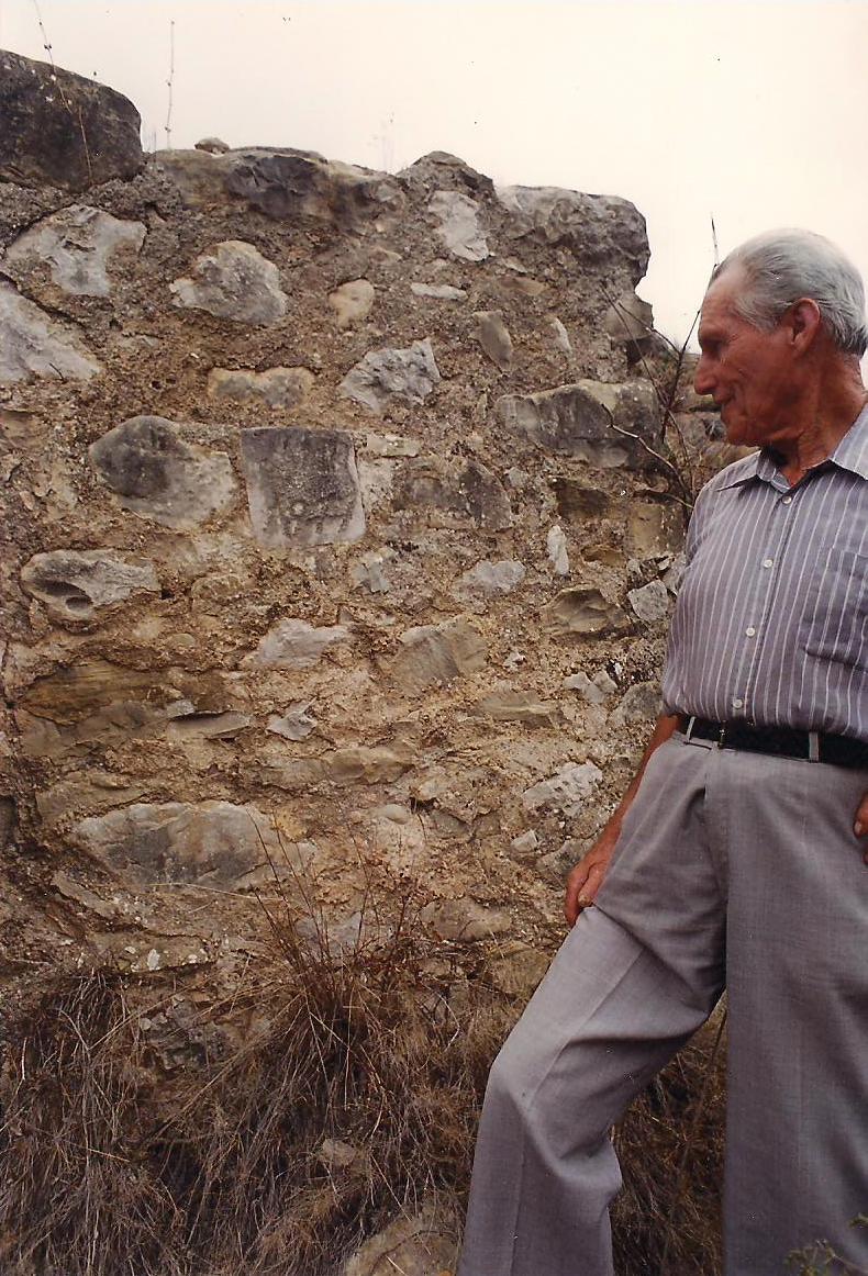 Andreu de Poldo nos descubre la inscripción que rememora la construcción del Pou Roig