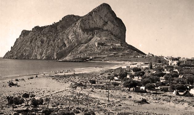 Calp. Playa de La Fossa. www.historiadecalp.net