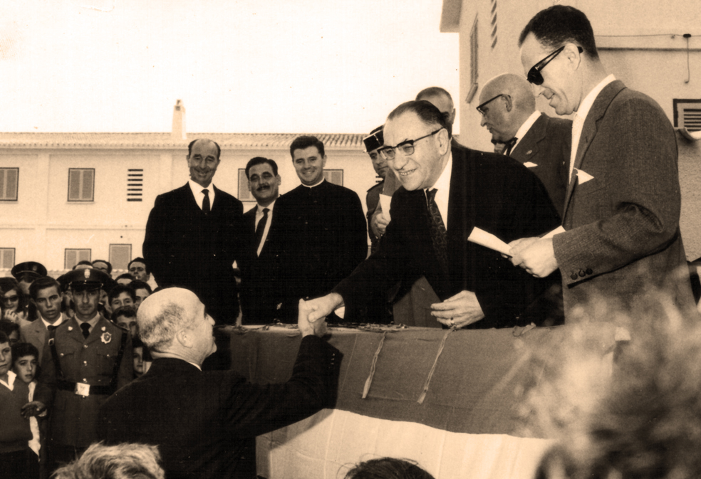 Antonio García Sapena, alcalde de Calp entre 1952 y 1963. Calpe en fotos. 1982. Ayuntamiento de Calp